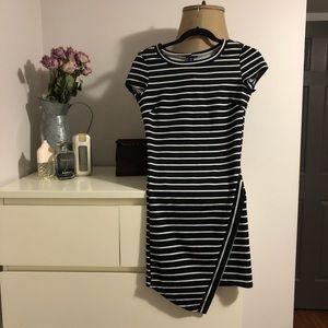 U2KLA dress